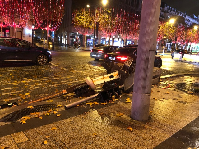 Remaining evidence of the Paris riots in November, 2018