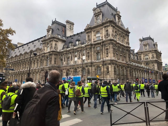 A picture of Yellow Vest strikers in Paris, France November, 2018